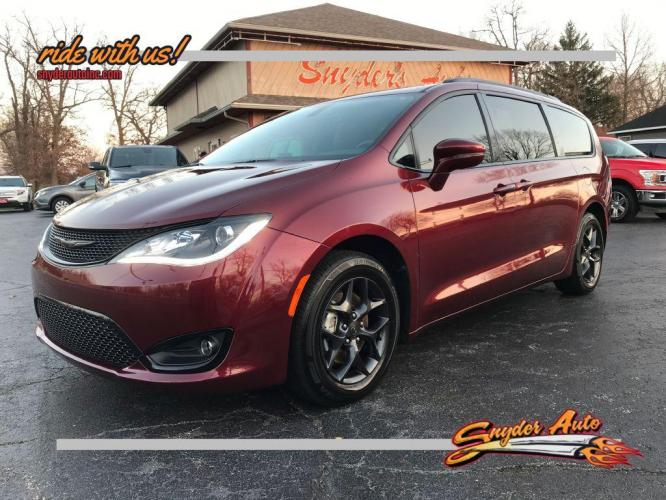 2019 CHRYSLER PACIFICA 4DR